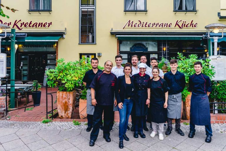derkretaner-berlin-germany-restaurant-30